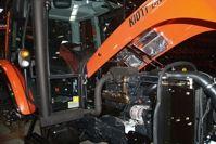 Фото - Мінітрактор Kioti DK904C (кабіна з кондиціонером і обігрівом)