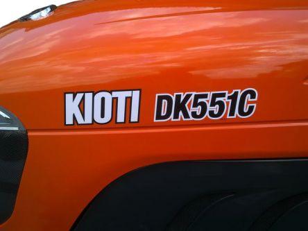 Фото - Минитрактор Kioti DK551C (кабина с кондиционером и обогревом)